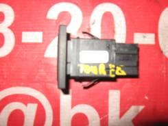 Кнопка включения аварийной остановки Volkswagen Touareg 7LA, 7L6, 7L7 7L6 953 235