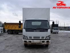 Isuzu NQR. Грузовой фургон борт- тент , 3 000 куб. см., 3 835 кг.
