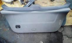 Обшивка крышка багажника Toyota Vitz