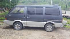 Уплотнитель двери багажника. Mazda Bongo, SSF8R Двигатель RF