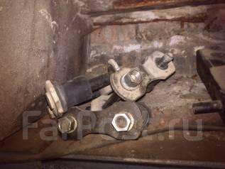 Серьга рессоры. Toyota Sprinter, CE102, CE102G, CE106, CE107, CE108, CE108G, EE102, EE103, EE104, EE104G, EE106, EE107, EE108, EE108G Toyota Caldina...
