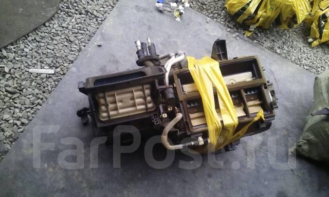 Радиатор отопителя. Toyota Avensis, AZT250, AZT251W, AZT251, AZT250W, AZT250L, AZT251L Двигатель 2AZFSE