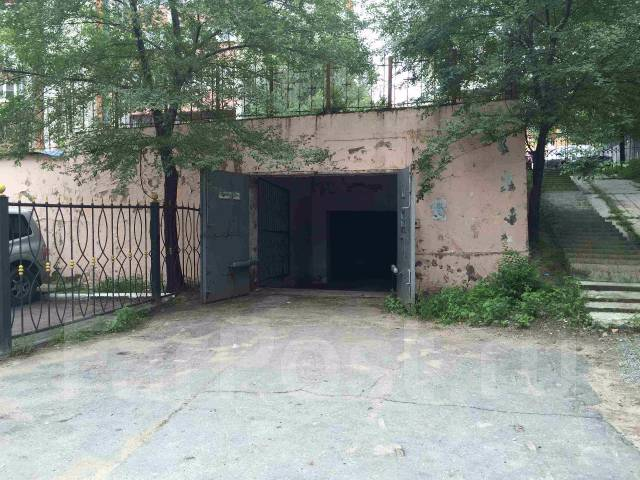Гаражи капитальные. улица Истомина 23, р-н Центральный, 18 кв.м., электричество