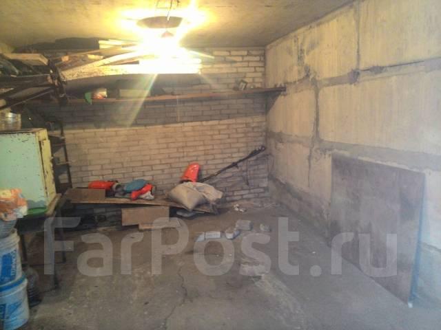 Гаражи капитальные. ул. добровольского 25, р-н Тихая, электричество. Вид изнутри