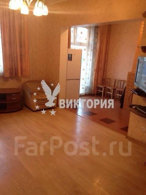 2-комнатная, улица Славянская 6а. Гайдамак, агентство, 52 кв.м.
