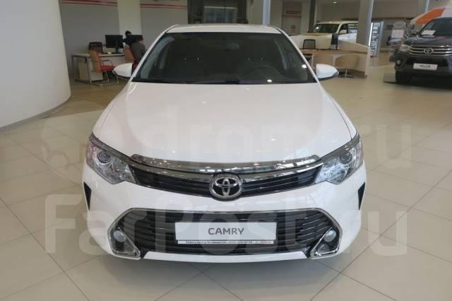 Решетка радиатора. Toyota Camry