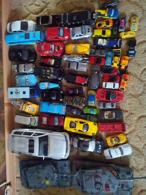 Машинки.
