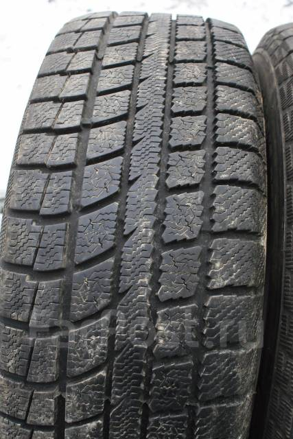 Toyo Winter Tranpath MK3. Зимние, без шипов, износ: 10%, 2 шт