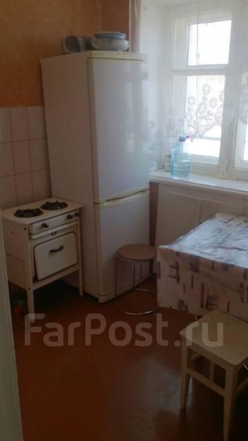1-комнатная, улица Ульяновская 187. Индустриальный, частное лицо, 30 кв.м. Кухня