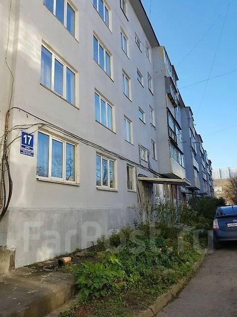 2-комнатная, улица Космонавтов 17. Тихая, агентство, 46 кв.м. Дом снаружи