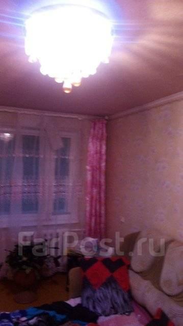 4-комнатная, улица Новожилова 31. Борисенко, агентство, 76 кв.м.
