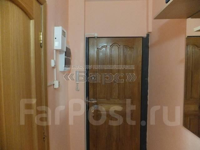 2-комнатная, улица Кутузова 8б. Вторая речка, проверенное агентство, 45 кв.м. Прихожая