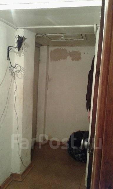2-комнатная, Малиновского. Болото, частное лицо, 45 кв.м. Прихожая