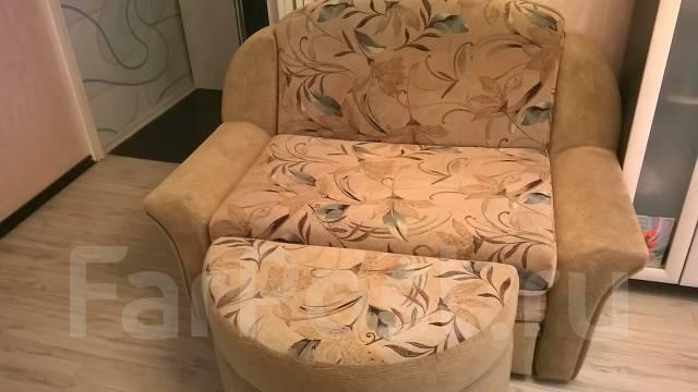 Продам диван малогабаритный бу Размер-95-195(спальное место)