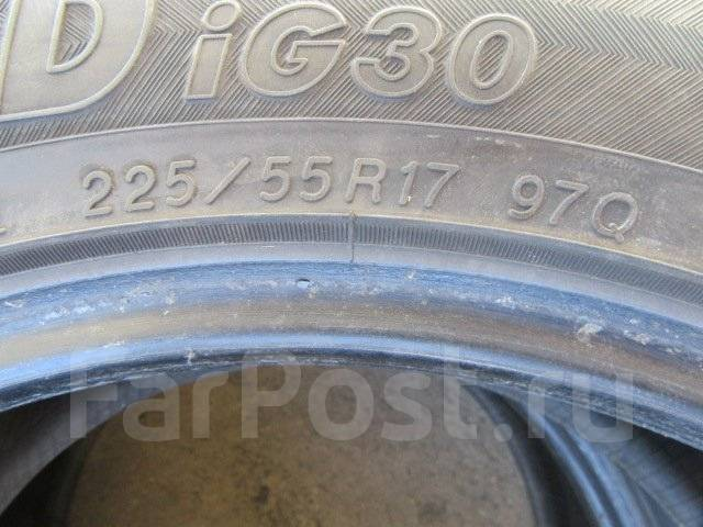 Yokohama Ice Guard IG30. Зимние, без шипов, износ: 10%, 2 шт