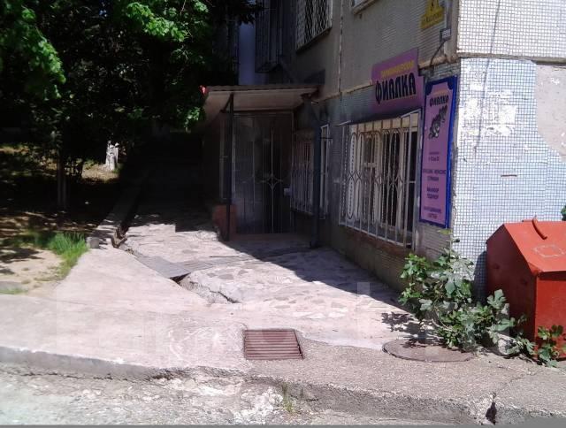Коммерческая площадь 150 кв. м. Улица Макаренко 8, р-н Центральный, 150 кв.м.
