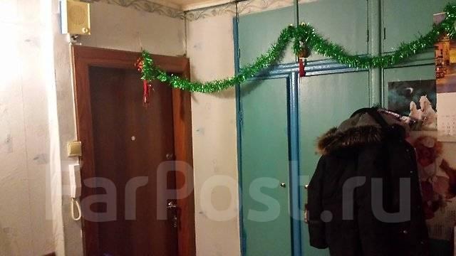 1-комнатная, улица Кирова 54. Вторая речка, частное лицо, 34 кв.м. Прихожая