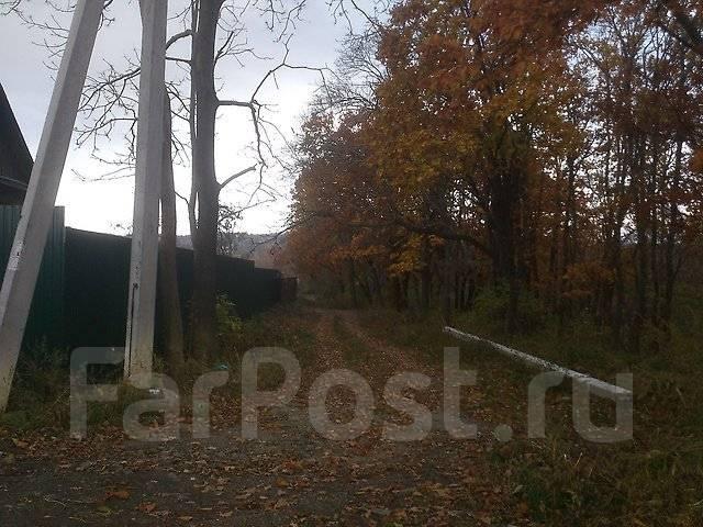 Продам земельный участок в п. Трудовое, ул. Суворовская, аренда 49 лет. 1 000 кв.м., аренда, от частного лица (собственник). Фото участка