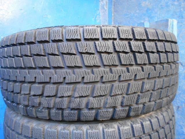 Bridgestone. Всесезонные, износ: 10%, 2 шт
