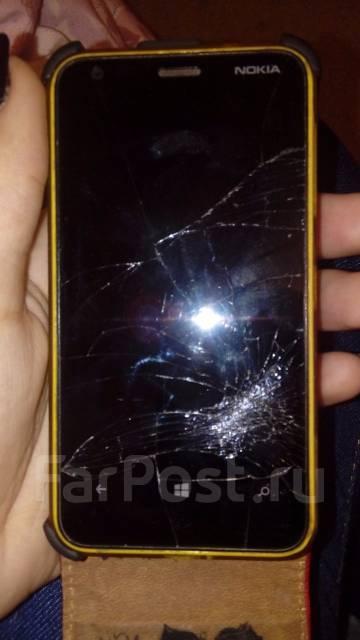 Nokia Lumia 620. Б/у
