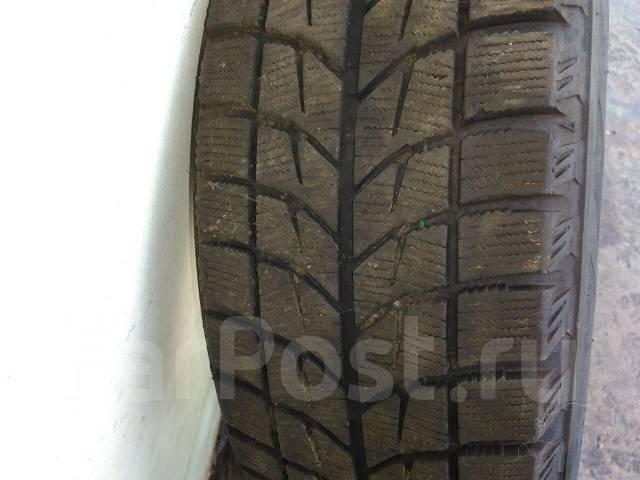 Bridgestone Blizzak WS-60. Зимние, без шипов, износ: 40%, 2 шт