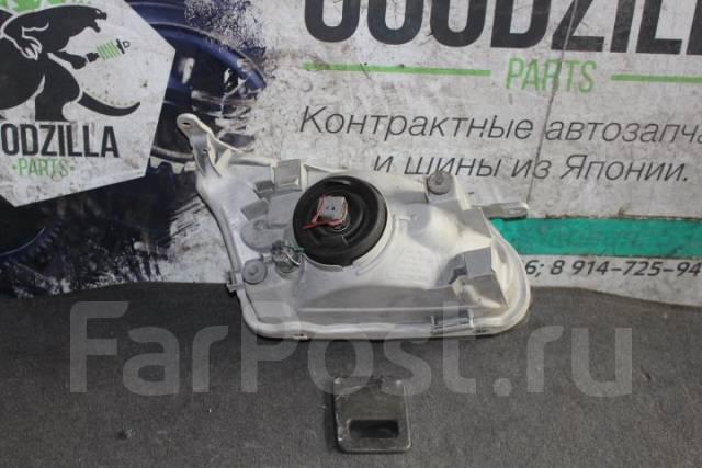 Фара. Toyota Corolla Spacio, AE111, AE115