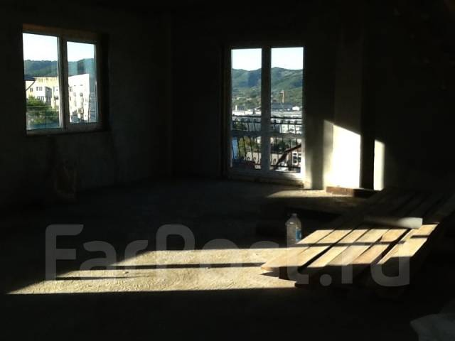 Таун-хаус в центре города район Пентагона. Улица Белинского 5, р-н Центр города, площадь дома 103 кв.м., централизованный водопровод, электричество 1...
