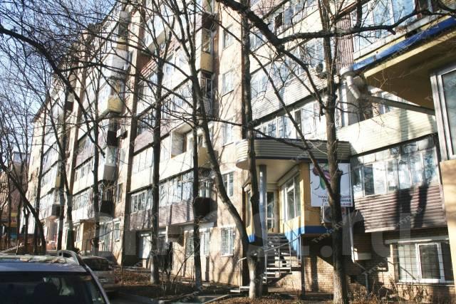 2-комнатная, улица Светланская 173. Центр, проверенное агентство, 46 кв.м. Дом снаружи
