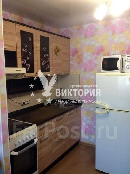 1-комнатная, улица Ладыгина 9/1. 64, 71 микрорайоны, агентство, 30 кв.м.
