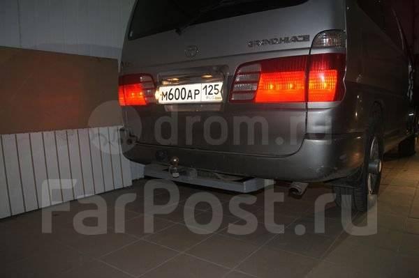 Toyota Grand Hiace. автомат, 4wd, 3.4 (180 л.с.), бензин, 200 тыс. км