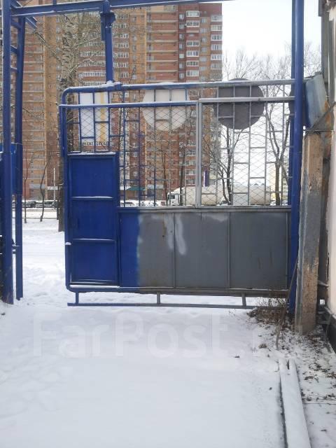 Сдам Автосервис. 90 кв.м., улица Краснореченская 92, р-н Индустриальный