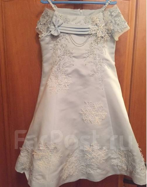 Платья бальные. Рост: 110-116 см