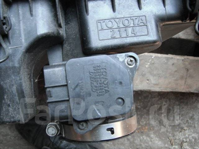 Корпус воздушного фильтра. Toyota Prius, NHW20 Двигатель 1NZFXE