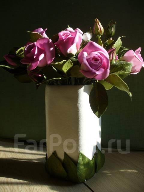 Цветы и фрукты декоративные.