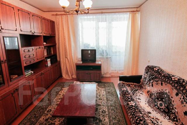 3-комнатная, улица Комсомольская 76к2. Центральный округ, агентство, 57 кв.м.