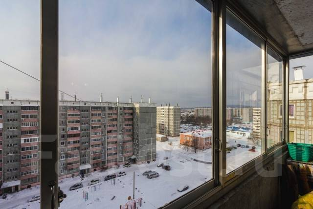 4-комнатная, проспект Победы 33. Ленинский округ, агентство, 77 кв.м.