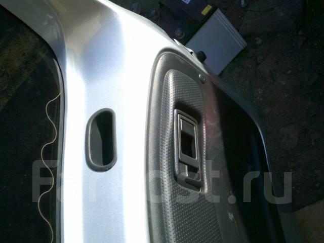 Дверь багажника. Toyota Funcargo, NCP20, NCP25, NCP21 Двигатели: 2NZFE, 1NZFE