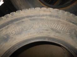 Bridgestone W960. Зимние, без шипов, износ: 30%, 4 шт