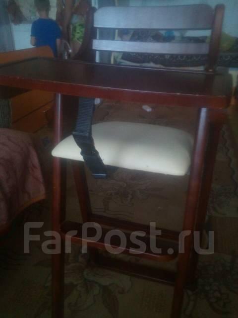 Продам столик для кормления Муж сам сделал можно столик можно стульчик