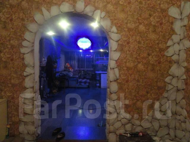 Продам дом в центре города вяземский. Ул.Ленина 37, р-н вяземский, площадь дома 120 кв.м., централизованный водопровод, отопление твердотопливное, от...