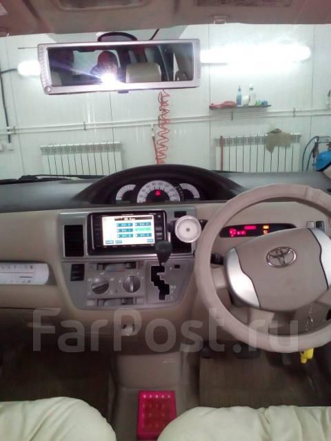 Toyota Raum. автомат, передний, 1.5 (118 л.с.), бензин, 120 тыс. км