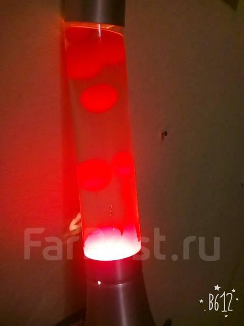 Продам лавовую лампу для декора комнаты