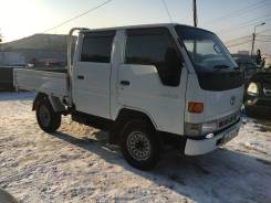 Toyota Hiace. Продаётся двухкабинник 1999г. 4WD. Рама LY161. ДВС 3L., 2 800 куб. см., 1 000 кг.
