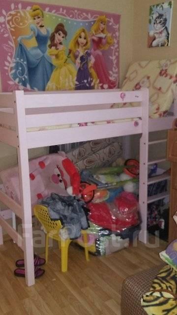 Кровати-чердаки.