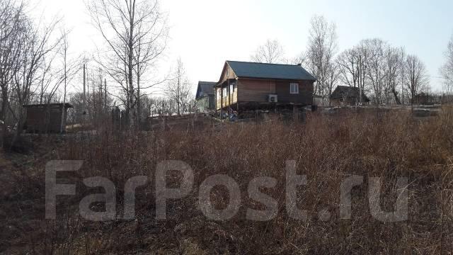 Продам участок 10 соток, 2-й км. от поворота на Тавричанку. 1 000 кв.м., собственность, от частного лица (собственник). Фото участка