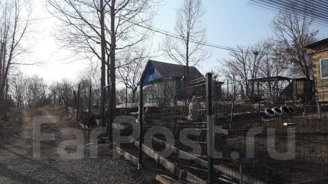 Продам участок 10 соток, 2-й км. от поворота на Тавричанку. 1 000 кв.м., собственность, от частного лица (собственник)