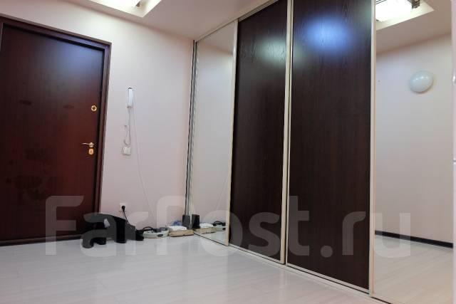 2-комнатная, улица Маковского 193а. Океанская, агентство, 56 кв.м. Прихожая