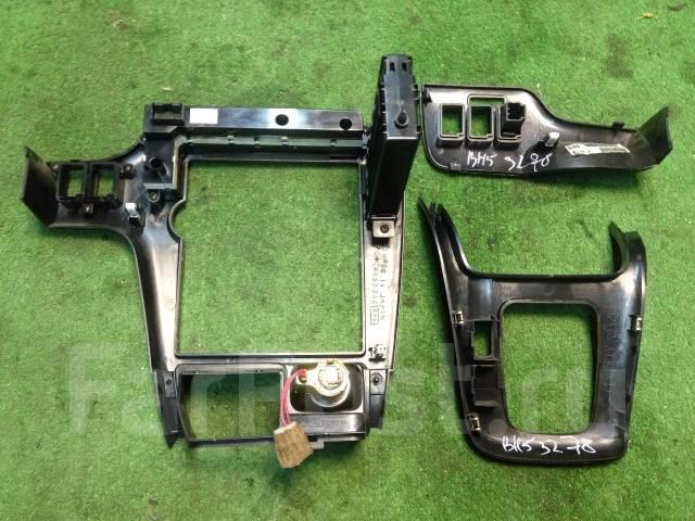 Консоль панели приборов. Subaru Legacy, BE9, BH5, BE5 Двигатели: EJ206, EJ208, EJ254, EJ204