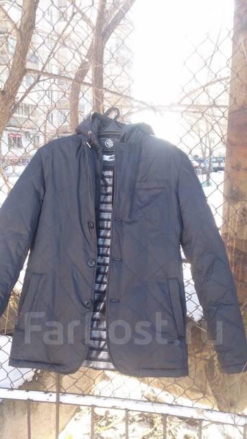 Демисизонный пуховик (пиджак) с капюшоном. 50