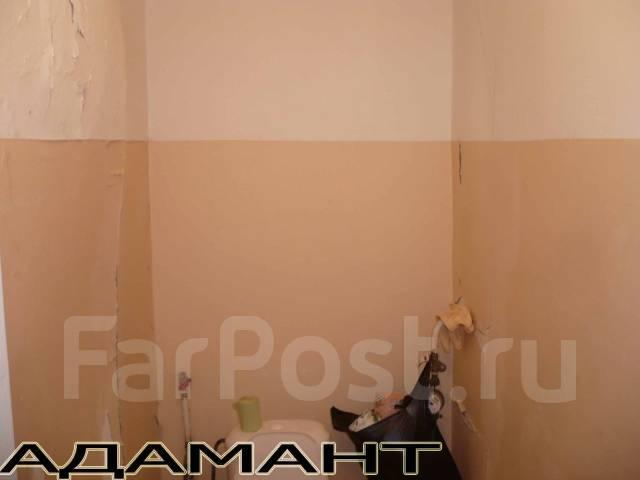 3-комнатная, улица Анны Щетининой 39. Снеговая падь, проверенное агентство, 70 кв.м. Сан. узел
